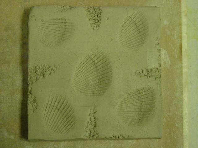 Blog shell pottery tile