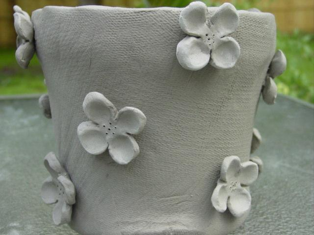 Blog unfired dogwood pot