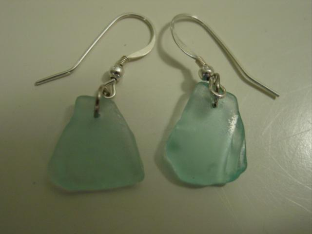 Blog moms beachglass earrings aqua