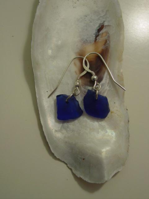 Blog moms beachglass earrings blue