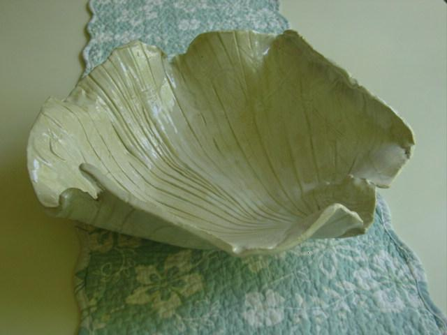 Blog palm pottery bowl