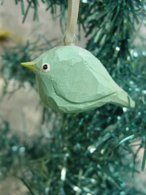 Helenaccarvedaquabird