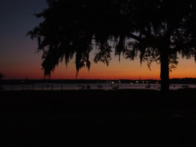 Boat parade sunset 09
