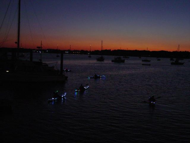 Boat parade kayakers09
