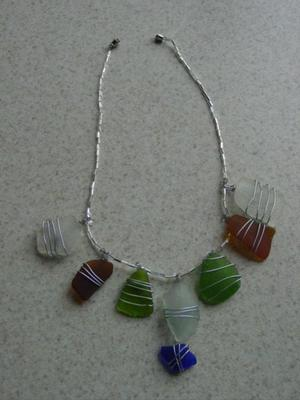 Wire_wrapped_beachglass_necklace