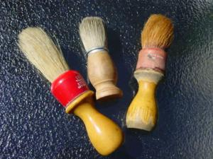 Blog_vintage_shaving_brushes