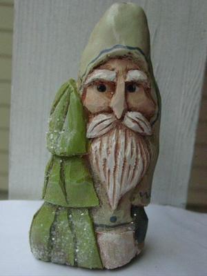 Lt_green_cypress_santa_with_tree